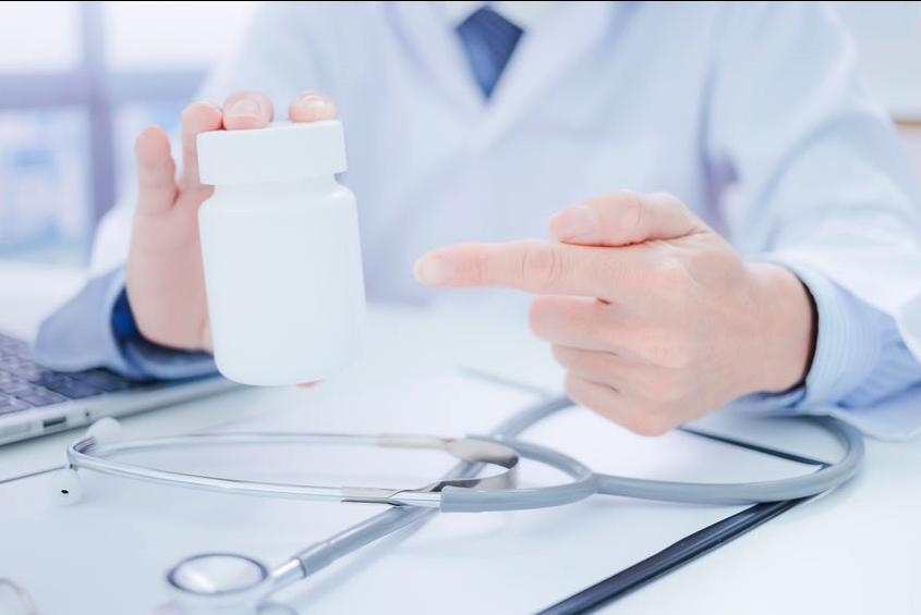 【ドクターズコスメ】は敏感肌に優しいのか?「クリニック専売化粧品」「院内調剤化粧品」の本質