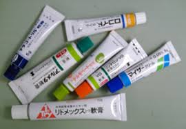 アトピー性皮膚炎② ~アトピーの治療薬と副作用~