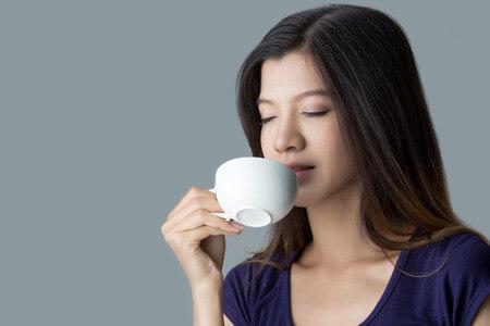 """【コーヒー】の美容効果…""""コーヒーポリフェノール""""で美白美人に!"""